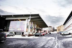 Willys, beskuren bild där delen av GP-byggnaden är borta. GP ligger numera i Odenskog.