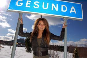 På fredag kväll är Anna Lundh med i en ny TV-show på TV 3. Programmet heter 101 sätt att åka ur en gameshow.