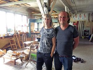Catrin Andersson och Ola Gustafsson satsar på konst i Jädraås.