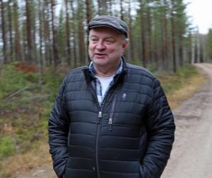 Bengt-Ove Nylèn har hjälpt Ingvarsson med att fixa statister till inspelningen i Ytterhogdal.