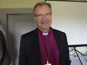 Besökte framtida pilgrimscenter. Som en inledning på arbetet med att skapa ett pilgrimscentrum i Viby besökte biskop Hans Erik Nordin den gamla, nyrenoverade prästgården och deltog i seminariet där.