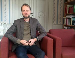Biskop Mikael Mogren knyter an till katekestraditionen i sin bok