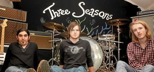 Three Seasons. Sartez Faraj, Christian Eriksson och Olle Risberg.