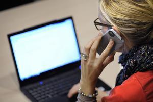 Ger mer tid. Moderaterna tror att IT-användning kan göra administrativa uppgifter lättare för lärarna.foto: scanpix