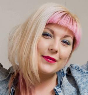 Anna Siekas från Gävle uppträder under