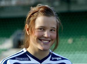 Anna som fotbollsspelare i division I med Sundsvalls DFF 2005.