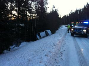 En singelolycka inträffade strax före klockan 8 mellan Leksand och Sågmyra. Foto: Eva Högkvist