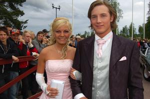Lucian. Louise Bäcke hörde till de 310 studenterna på balen. Hon kom med Martin Johansson som kavaljer. Foto: Hans Olander
