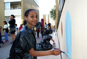 Eganne Abesa, 10 år tror att konsten kan konkurrera ut klottret.