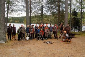 Erfarna jägare och blivande jägare samlades till ett stort ungdomsjaktläger i Torringen utanför Ånge.