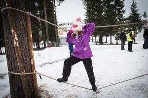Hanna Juhlin kämpade på med balanslinan och tog sig över.
