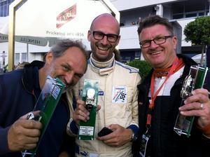Förarbesättningen  Christer Pernwall, Patrik Ljungström och Per-Erik Axehult (längst till höger).