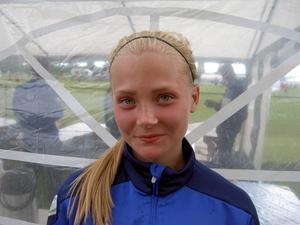 Ella Backman, en av matchens bästa spelare när Ope vann med 7–0 mot Clausenengen i F14.