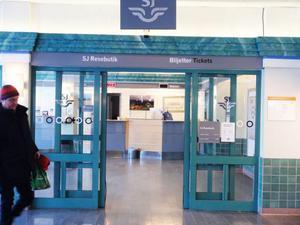 Den här anblicken kommer vi att få vänja oss vid i fortsättningen, detta då SJ nu väljer att stänga sin resbutik på stationen i Östersund.