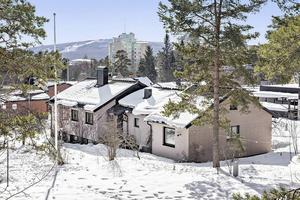 Huset på Ripstigen 12 i Haga såldes för 4 550 000 kronor.
