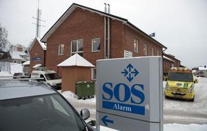 SOS-centralen på Skönsmon. Nyanställningar pågår och antalet anställda förväntas öka med 10 personer från 23 till 33 samt en gruppchef.