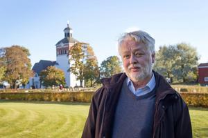 Inge Wortzelius har skrivit en dödsmässa, Requiem, som uruppförs i Bollnäs kyrka av Bollnäs kyrkokör, orkester och solist den 15 november.