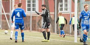Målvakten Arman Poghosyan var en av de två spelare som fick rött kort under matchen mot Mora.
