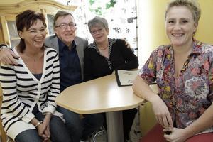 Marianne Unborg, ekonom, Ronny Spångberg, verksamhetschef, Margit Lönnberg, arbetsmarknadssekreterare och Bente Sandström, verksamhetschef, ska nu utvärdera flyktingmottagandet i kommunen.