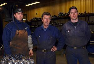 Framgångsrika företagre. Jan Bertils, här flankerad av sönerna Tom och Fredrik, är företagets ägare i tredje- och fjärde generationen.