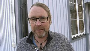 – Det här har vi väntat på länge, säger Anders Pålsson, bygdegårdsföreningens ordförande i Lorås.