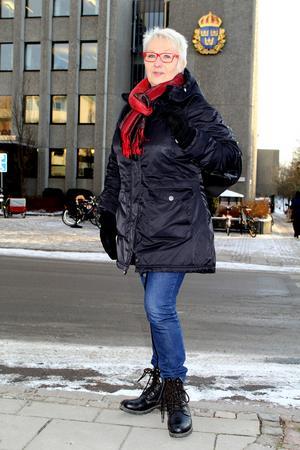 Ragna Ihrelius vill inte sluta jobba vid 65. Hon knogar på till 67 års ålder, ett år kvar alltså.