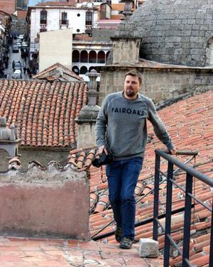 Anders Backman, 36 år gammal, före detta shippingspecialist från Rödön som sadlat om till frilansjournalist i Sydamerika. Bosatt i La Paz, Bolivia.