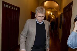 Den åtalade artistbokaren Bruno Tillander riskerar tre års fängelse och fem års näringsförbud.