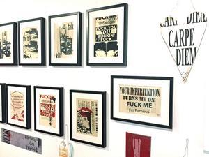 Pia Thelander kombinerade lekfullt text och bilder i sina konstverk,