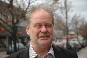 Björn Andersson, Folkpartiet:– Det dåliga bredbandet. Jag har själv varit i den situationen i Vendel.– I Vendel finns i dag en grupp som jobbar för att få ut företag dit. Vi vill utveckla den idén på fler orter.