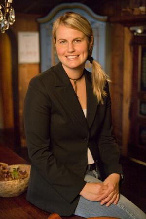 Orsatjejen Jessica Larzon har nyligen flyttat hem till Orsa, och börjar på nytt jobb som anläggningschef för Mora parken. Foto: Pressbild