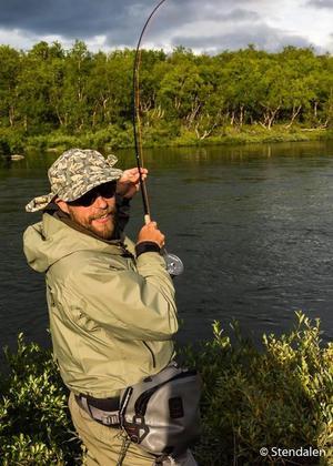 Peter Danroth fiskar mest och längst av alla när han får chansen.Foto: Stendalen