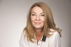 I sin fjärde roman skriver Anne Liljeroth om utmattning. Foto: Elisabeth Ohlson Wallin