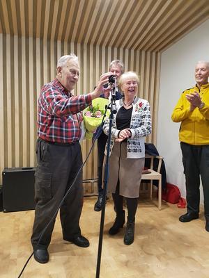 Evert Mattsson, Marianne Nygren, ordförande i KD Norduppland, och Thomas Gahnstedt, KD-medlem.