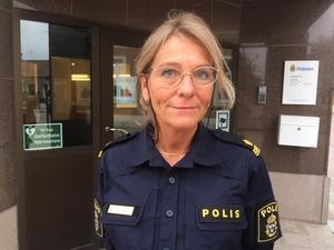 Terese Heidenborg berättar att tjuvarna även stal en kärra för att kunna få med sig stöldgodset som var värt cirka 200 000 kronor.