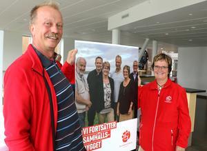 Per Eriksson och Siv Ahlstrand, två av partiets veteraner i Askersund, är optimistiska inför valdagen den nionde september.
