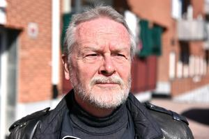 Lennart Sohlberg (S) är skeptisk till att majoriteten så flagrant gått emot skolförvaltningens slutsatser.