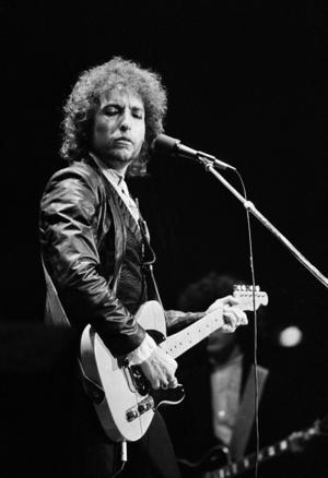 Bob Dylan under en konsert 1978. Foto: AP/Proepper