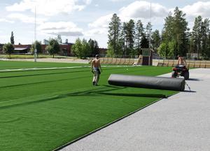 I somras fick Timrå kommun sin första fullstora konstgräsplan vid Eon Arena och nu finns det planer för ytterligare en 11-mannaplan.
