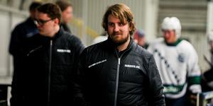 Tränare Sebastian Varjomaa avslöjar för Sporten att det är två möten inbokade i nästa vecka angående rekryteringar till spelartruppen.