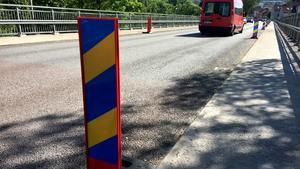 Vandalisering på Viadukten – körlister knäcktes av och kastades över bron