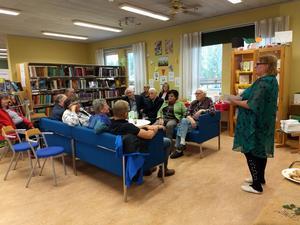 Anneli Pietikäinen berättar om tillkomsten av hennes nyutgivna diktsamling