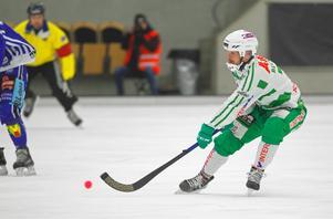 Jacob Bucht hade ett optionsår kvar på sitt kontrakt med VSK som han och klubben nu väljer att utnyttja.
