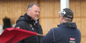 Stefan Bäckström var mycket besviken på banprepareringen i Hallstavik.