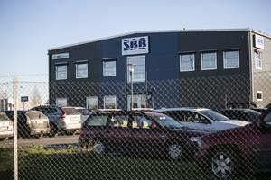 About 100 people work in SBB. It is now expected to close some of the divisions - Borlänge will suffer.