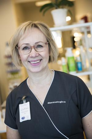 Auktoriserade hudterapeuten Pia Wiklund Grundström på Hudsalongen För Dig i Falun.