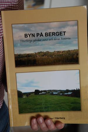 Byn på berget, är den senaste boken som Göran medverkat i. Den kom ut 2017.