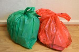 Tänk efter innan du slänger bort. Ganska mycket av avfallet är inte sopor utan sådant som går återvinna. Cecilia Zarbell, kommunikationschef påRagn-Sells ger tips för ett mer hållbart samhälle.
