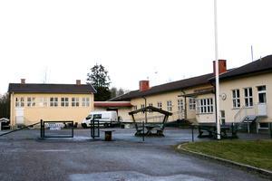 På skolan i Åmmeberg kommer det i fortsättning gå elever i förskoleklass och lågstadiet.