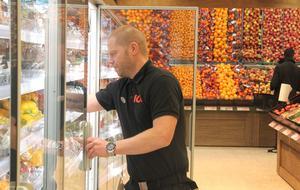 Den senaste nyheten i butiken är ansiktslyftningen av frukt och grönt-avdelningen.